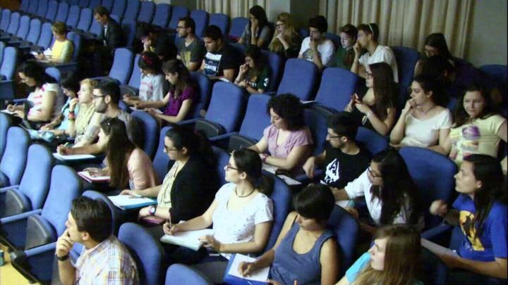 Alfabetización transmedia en los jóvenes universitarios