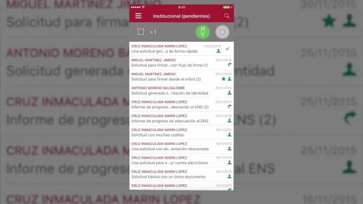 Firma de solicitudes en un dispositivo iPhone