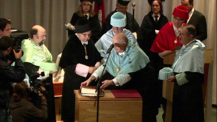 Solemne acto de investidura como Doctor Honoris Causa del Excmo. Sr. D. Joaquín Prats Cuevas