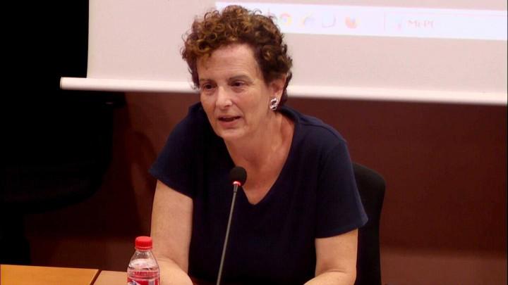 """Esperanza Orihuela, Universidad de Murcia """"Mujeres, infancia y refugio"""""""