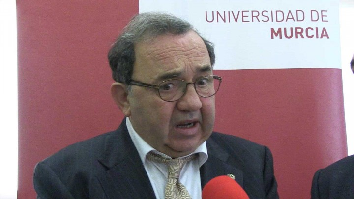 Convenio Universidad de Murcia y La Caixa para la cátedra Astrade