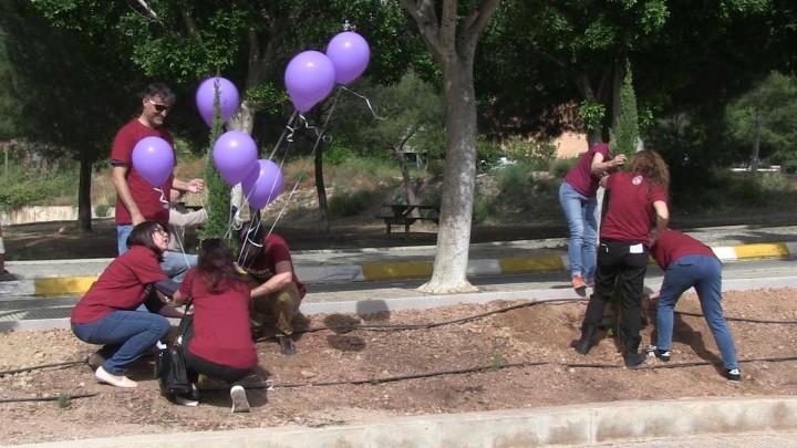 La UMU inaugura un jardín contra la violencia de género