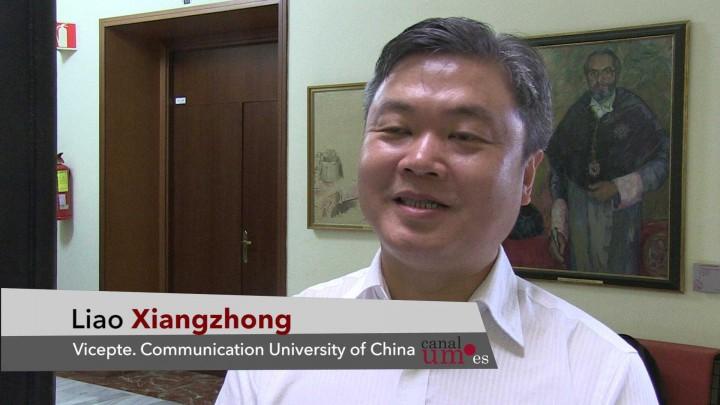 Delegación China visita la UM