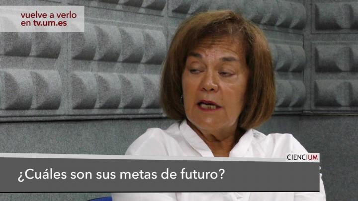 María Dolores Prieto Responde 9