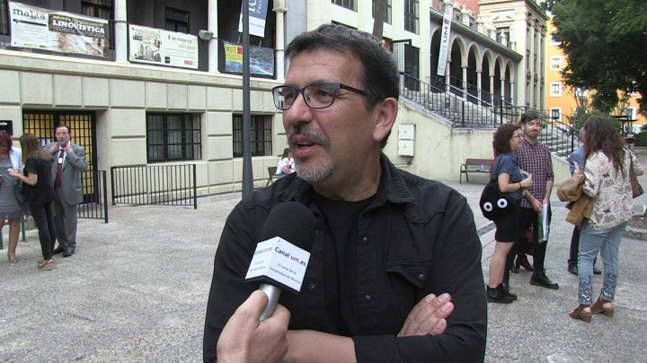 """Se ha presentado en la facultad de Letras de la UMU el poemario """"Hipocampo"""", del profesor José Carrión"""