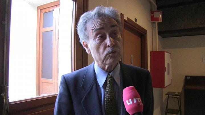 Pedro Cano presenta en la UMU su libro Cuaderno de viaje, que incluye un documental premiado en 11 festivales
