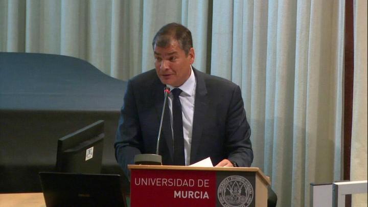 conferencia D. Rafael Correa, expresidente de Ecuador