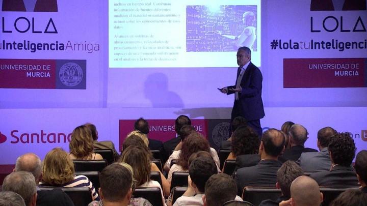 Jornada de presentación de Lola el chatbot de la Universidad de Murcia