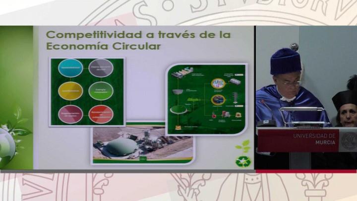 Solemne acto de investidura como Doctor Honoris Causa del Excmo. Sr. D. Patricio Valverde Espín