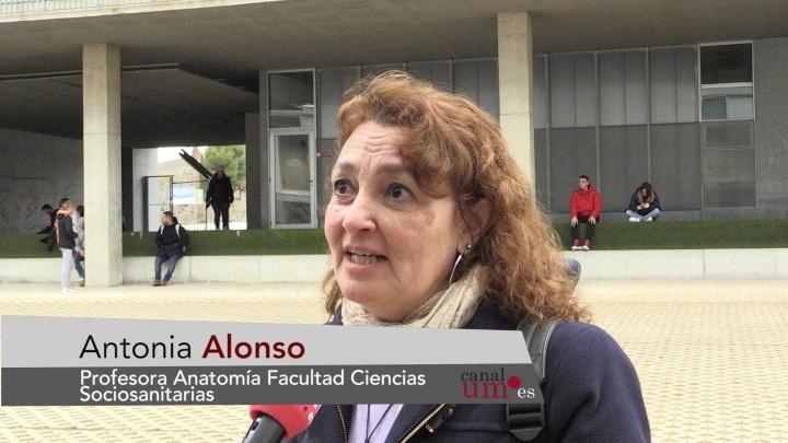 El Campus de Lorca ha organizado hoy un 'Encuentro Intergeneracional'
