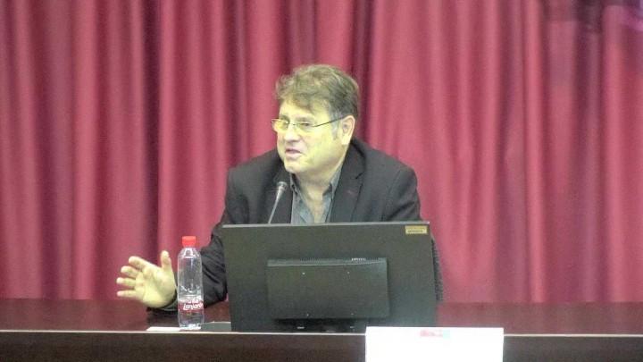 Debate sobre competencias digitales