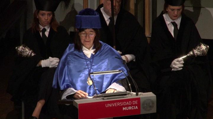 Solemne acto de investidura como Doctora Honoris Causa de la Excma. Sra. Dña. María Antonia Blasco