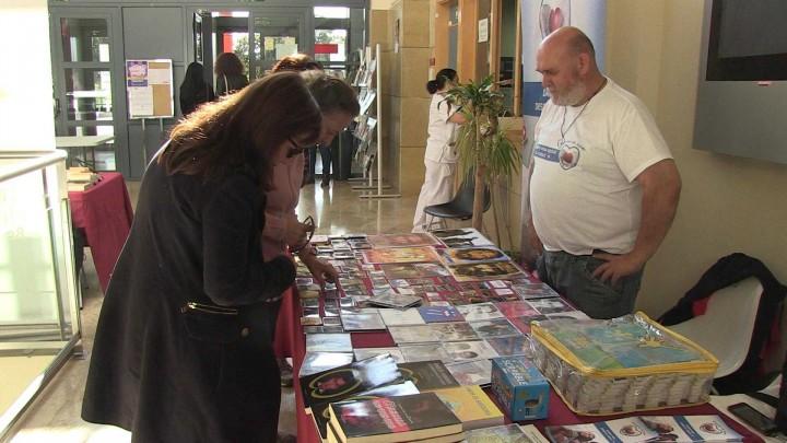 El Centro Social Universitario ha acogido una feria de voluntariado