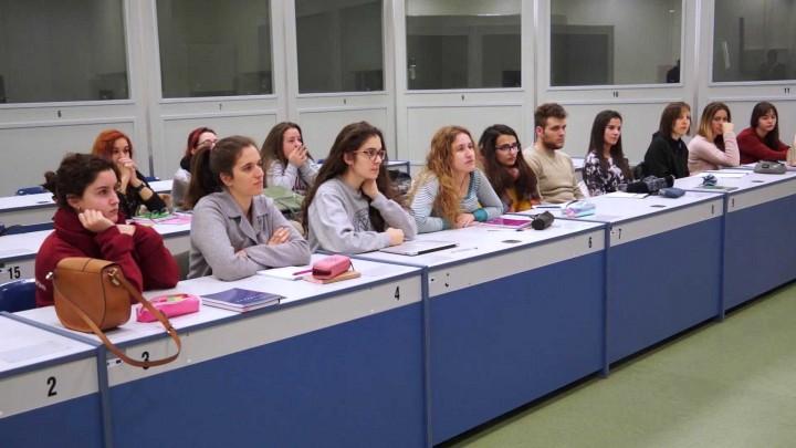 Grado en Estudios Franceses