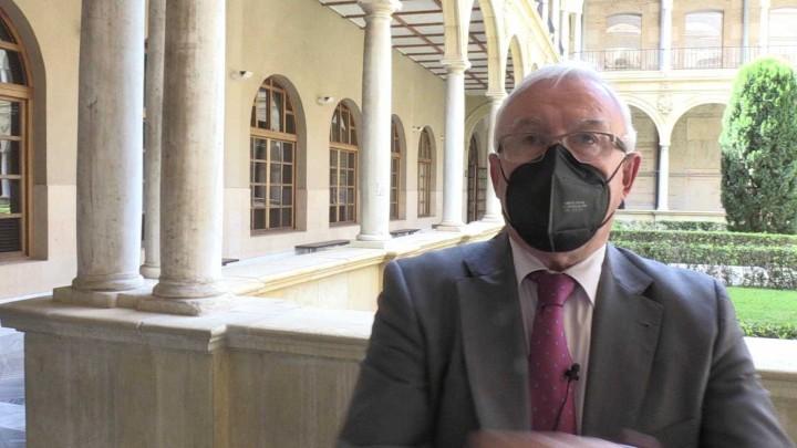 La Universidad de Murcia rinde homenaje al ex rector de la UMU Juan Roca