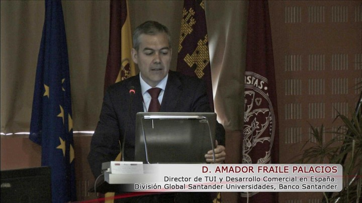 Santander Universidades y la TUI en España