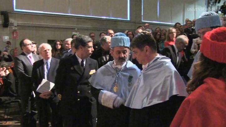 Santo Tomás de Aquino 2014 - Investidura Claudio Magris