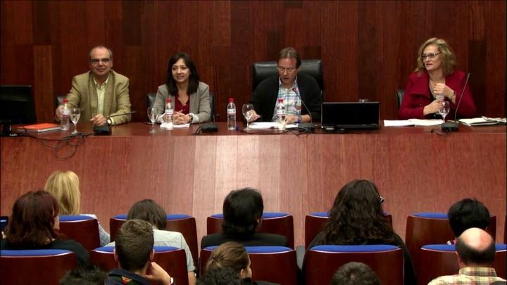 """Conferencia """"La comunidad gitana española y las políticas de inclusión"""" por Isabel Jiménez"""
